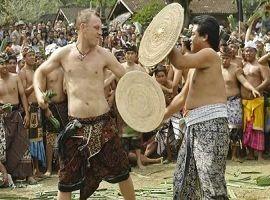 Perang Pandan Tradition